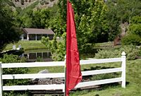 Flag Feather Red W 2 Pocket