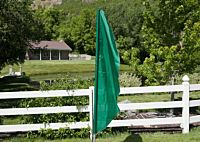 Flag Feather Green W 2 Pocket