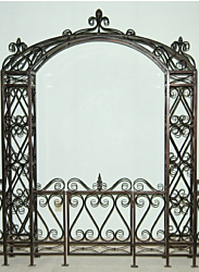 Pineapple Iron Arch with Gate