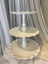 Tray Aluminum Round 3 Tier White Scalloped